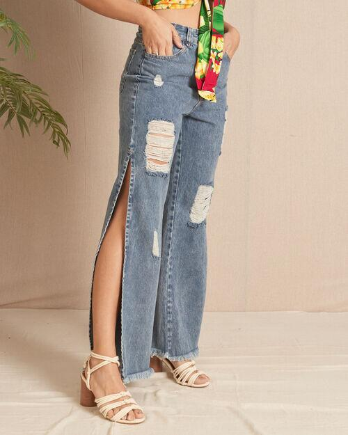 Calça jeans wide leg com lascos laterais