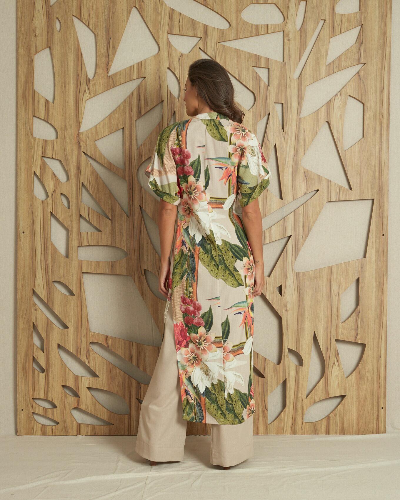 Kimono longo com lascos nas laterais