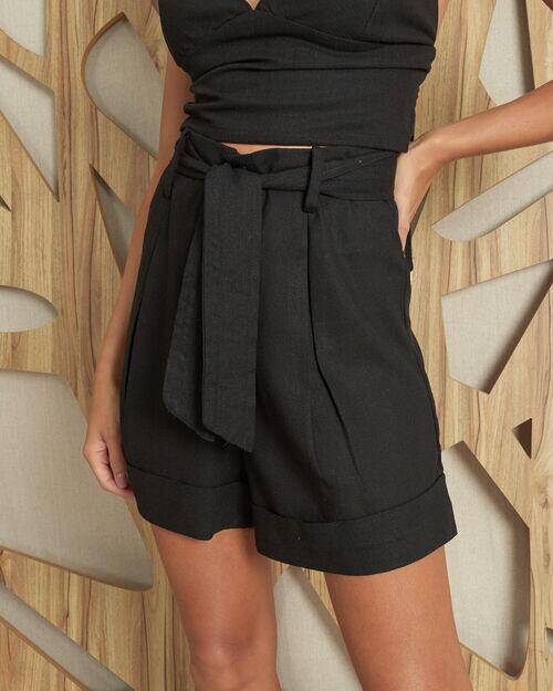 Short cintura alta com faixa linho