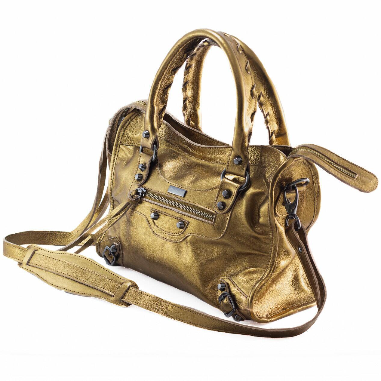 BOLSA BARCELONA MÉDIA Bolsa média couro legítimo metalizada bronze