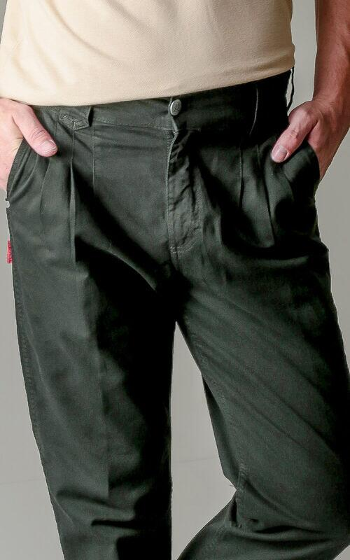 Bombacha Masculina Montaria com Elastano - Cor Verde Musgo