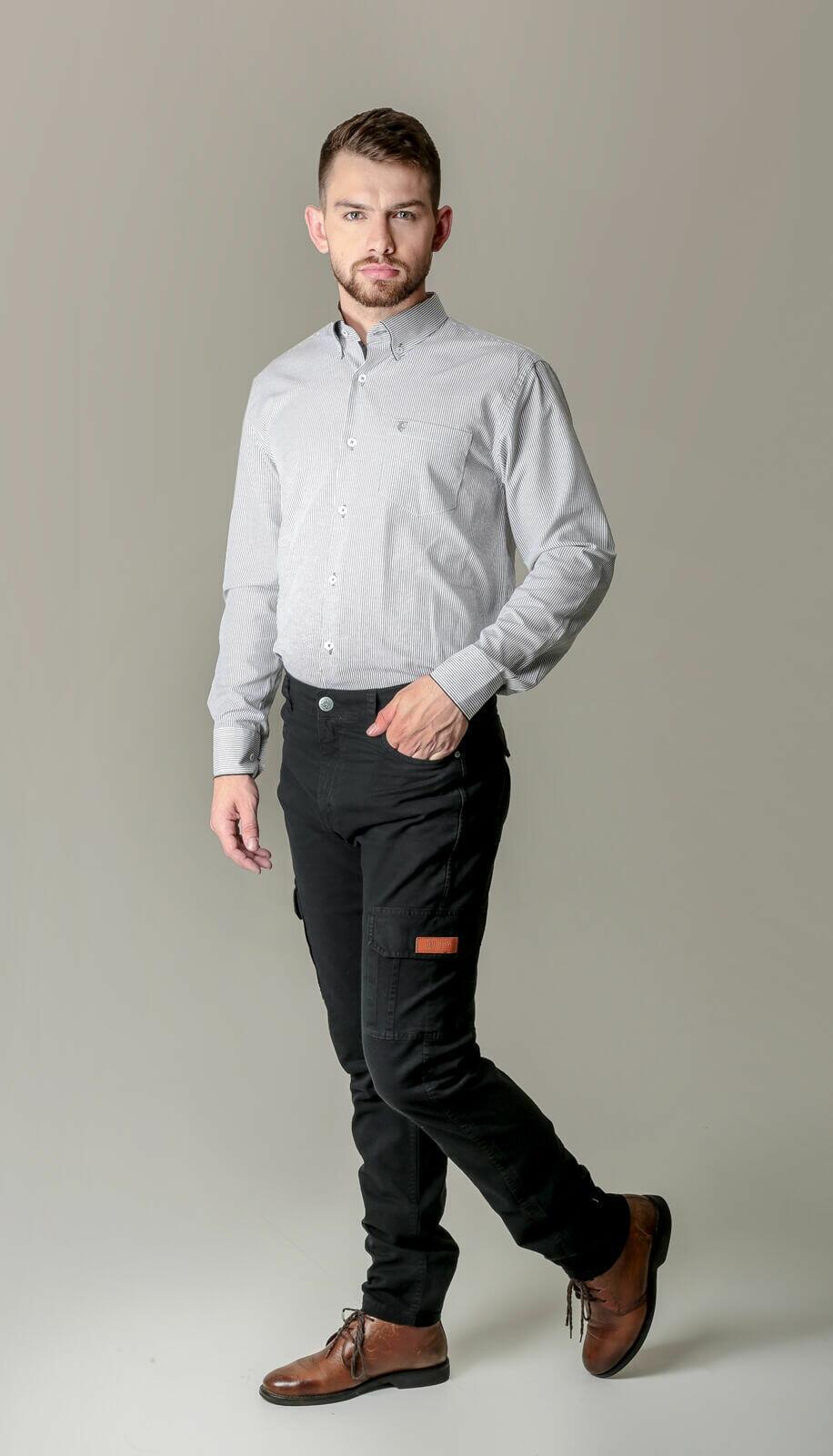 Calça Cargo Masculina com Elastano - Cor Preta