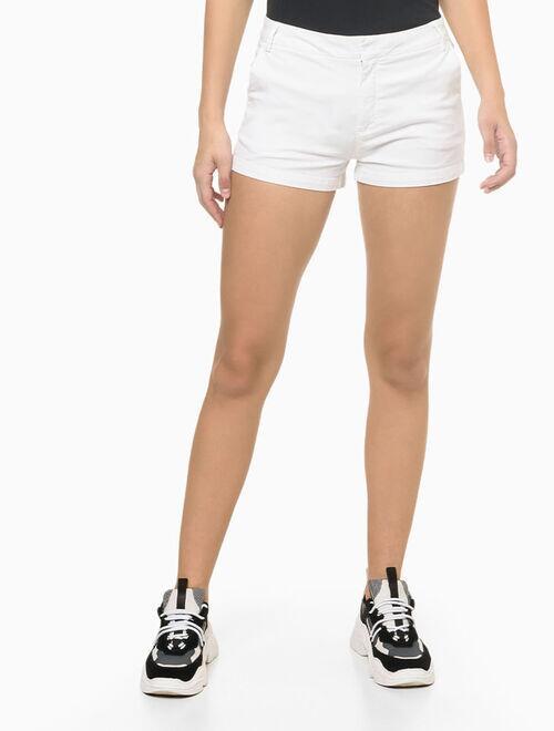 Shorts Calvin Klein justo alg básico tinturado
